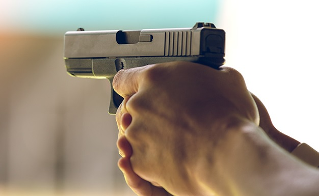 2 injured during gunfight in Ghaziabad, 1 held